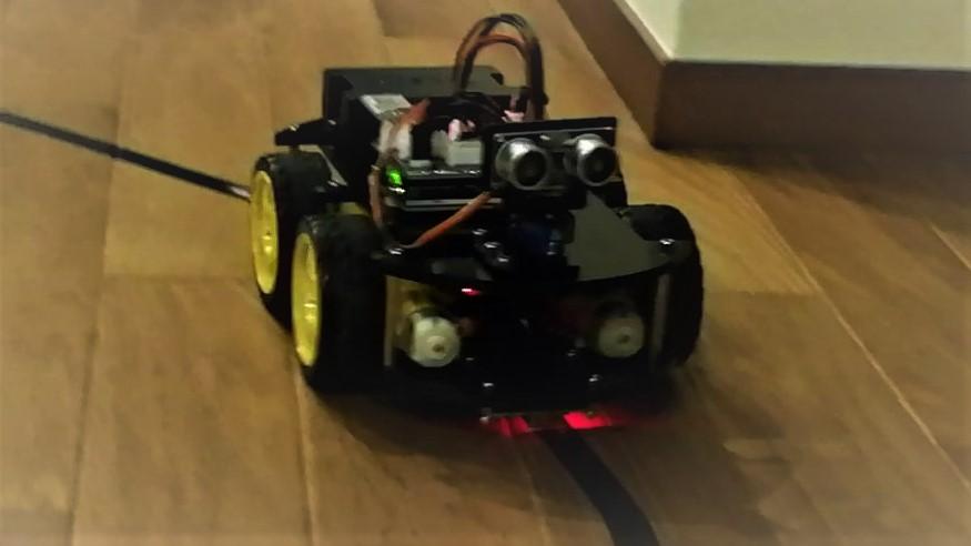「ELEGOO UNO R3スマートロボットカーV3.0+」でライントレース(自動運転)をやってみた